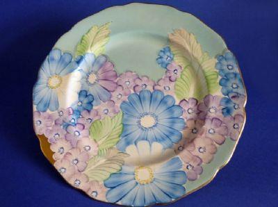 Lovely Gray's Pottery Art Deco Floral Pattern A5252 Wall Plate c1936